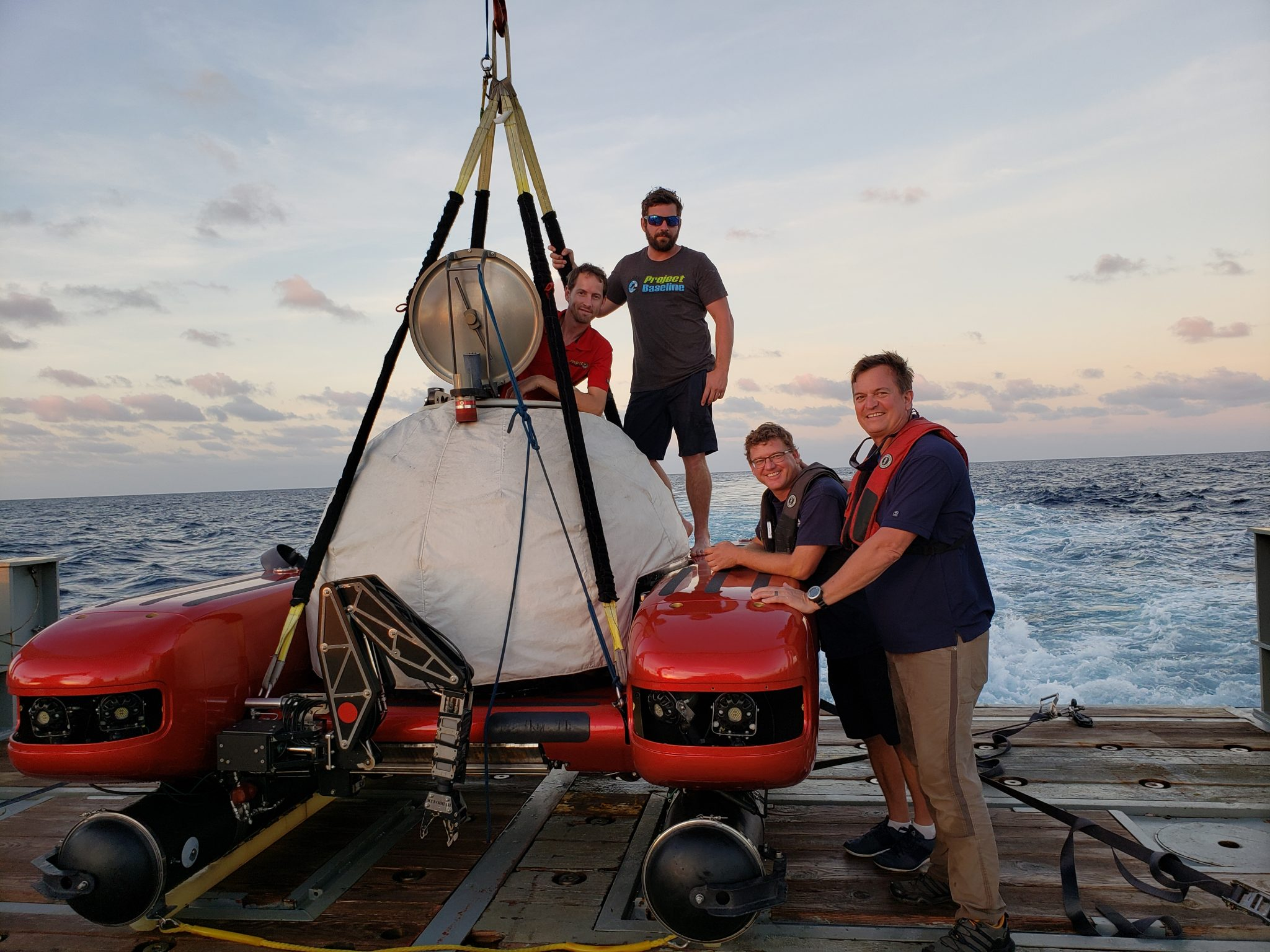 A Day at Sea: Global Sub Dive's Submersible Operations Explained
