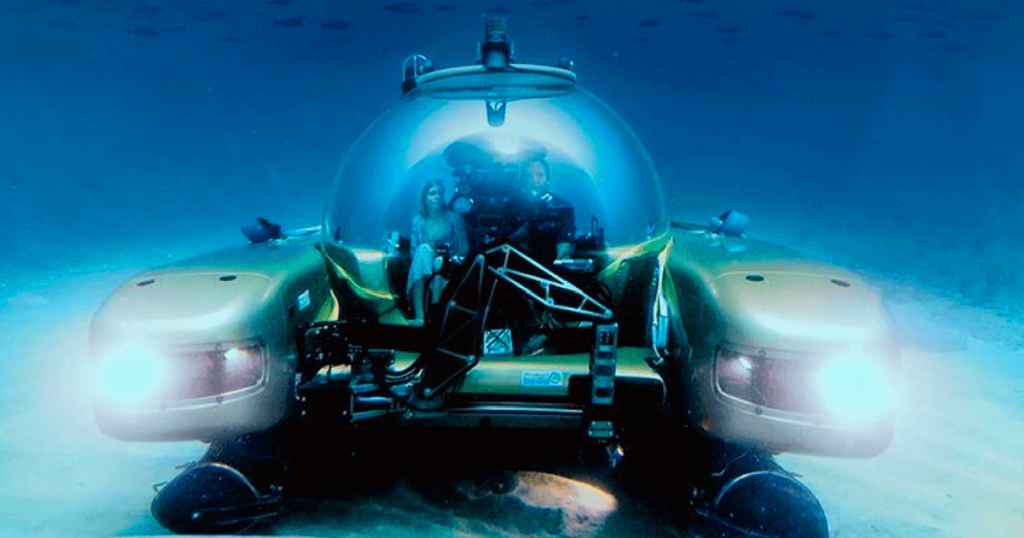 Submarine Diving With Bahamas Girl